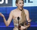American Music Awards 2011 Review - Taylor Swift Prevails!